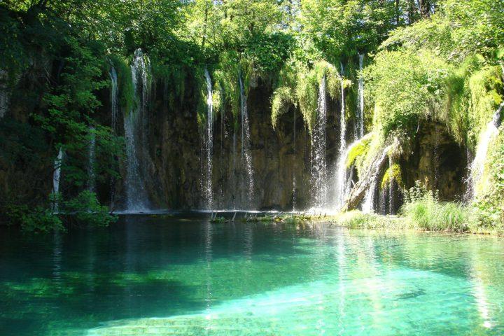 plitvice-lakes-192168_1280